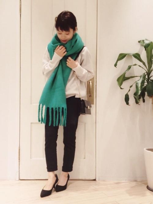 緑×グレーコーデ9
