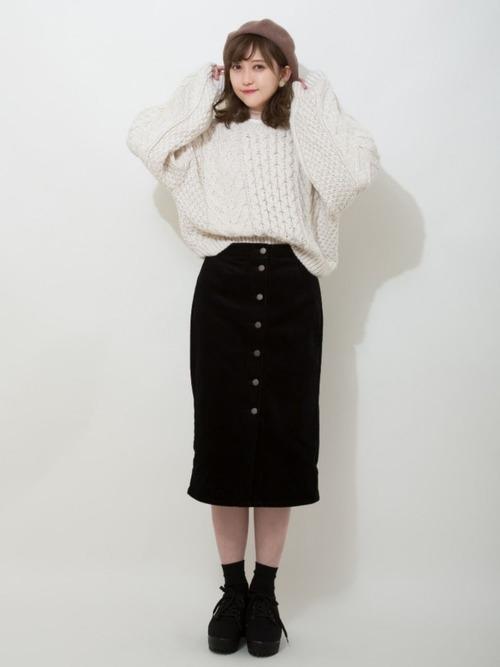 コーデュロイフロントボタンタイトスカート