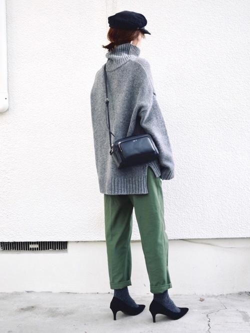 緑×グレーコーデ4