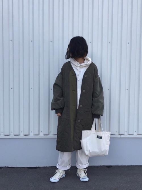 緑×ホワイトコーデ6