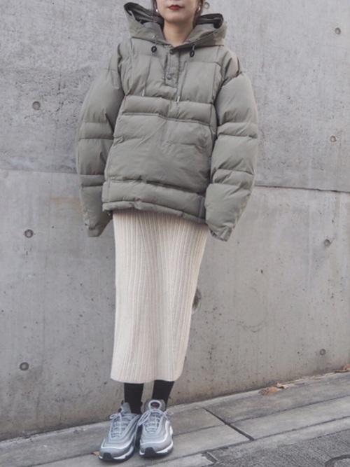 緑×ベージュコーデ4