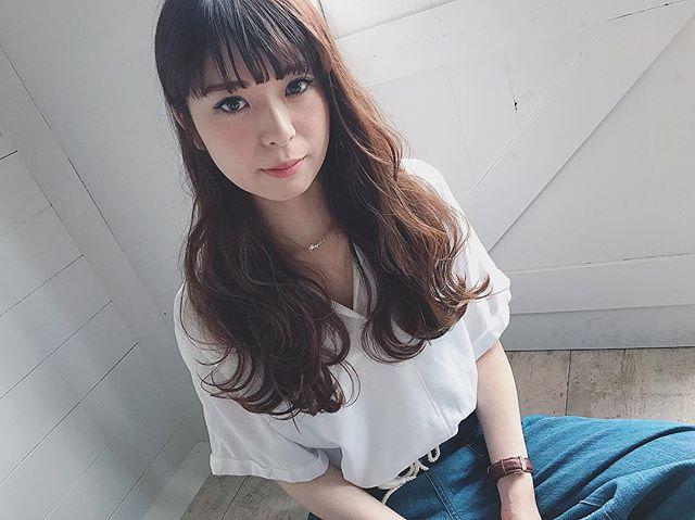 デートにぴったりな髪型・ミディ〜セミディ6