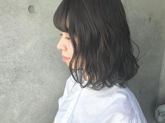 暗髪ボブ×ウェーブ4