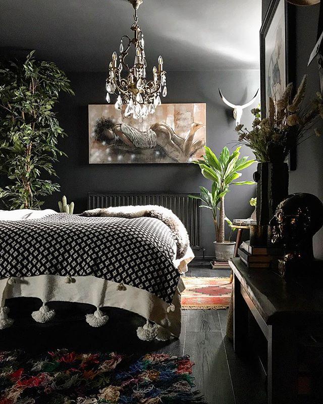ギャラリーのような美しい寝室