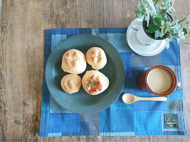 カフェタイムに使いたいシンプルなお皿
