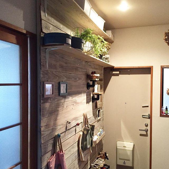 玄関に収納棚2