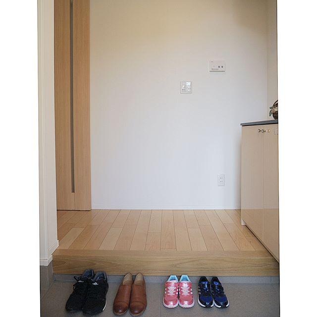 玄関に出しておく靴は一人一足ルール