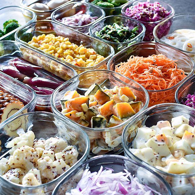 常備菜をガラス容器に保存