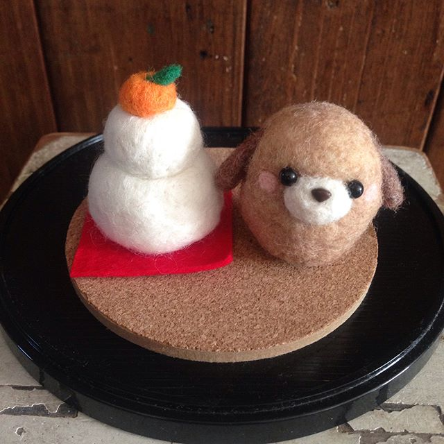 羊毛フェルトの鏡餅