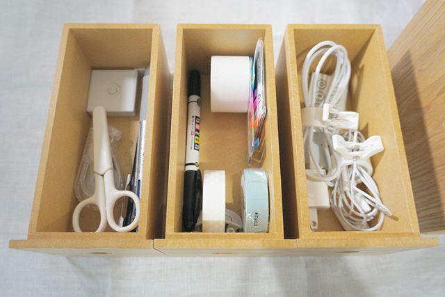 無印良品のアイテムを使った机周りの収納5
