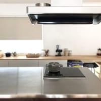 毎日使う場所だからこだわりたい!素材別に見るキッチンインテリア特集