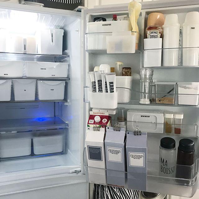 冷蔵庫12
