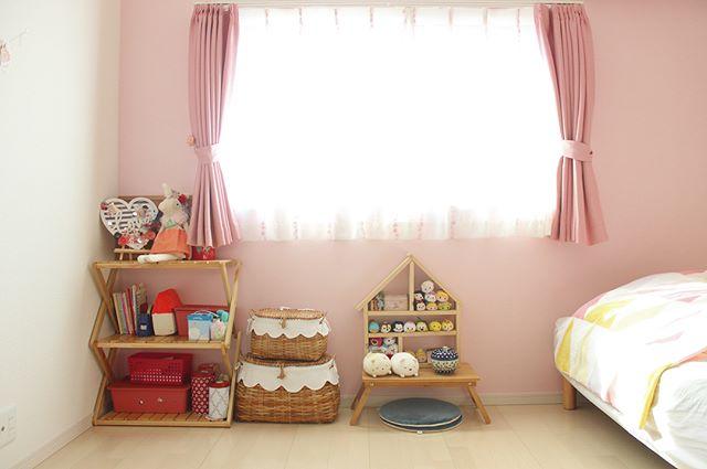 ピンク カーテン