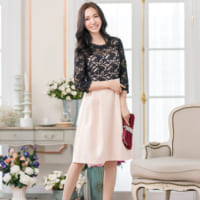 60年代ファッションの魅力♡キュートなレトロモダンの雰囲気漂うフェミニンコーデ