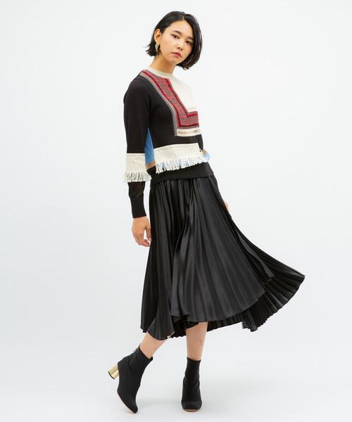 ヘビーサテンプリーツスカート