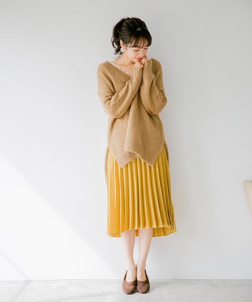 ブラッシュサテンプリーツスカート