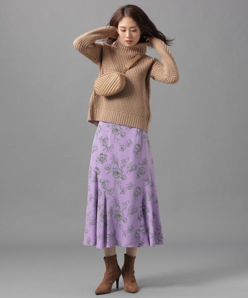 ハナガラサイドフレアスカート