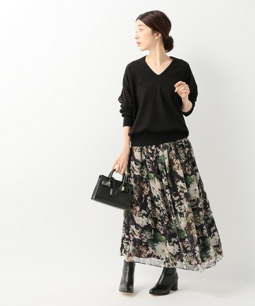 楊柳花柄スカート