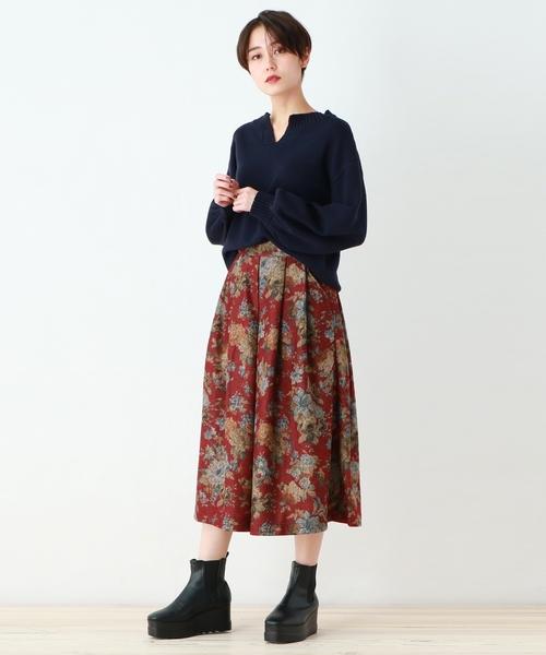 [OZOC] 【洗える】ミディ丈ヴィンテージ風花柄フレアスカート