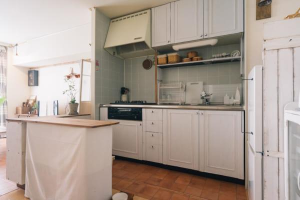 パリのアパルトマンのようなキッチン