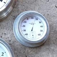 室温を確認できてお部屋のアクセントにもなる!おしゃれなデザインの温度計8選