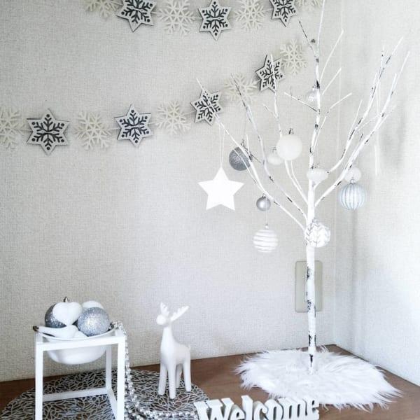 白樺ツリーを飾って