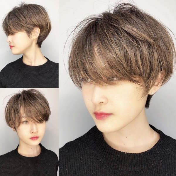 ハイライトのきれいなショートヘア