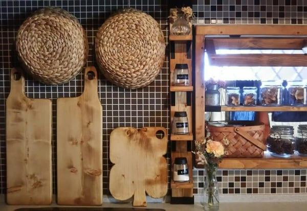 素材やデザインにこだわることで、よりオシャレなキッチンに3