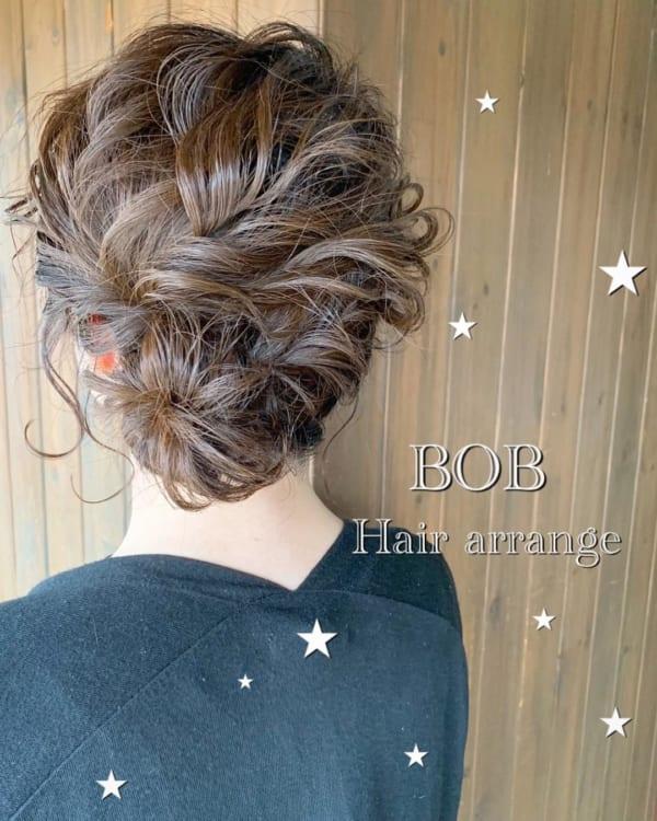 ボブ まとめ髪 オフィスシーン 2