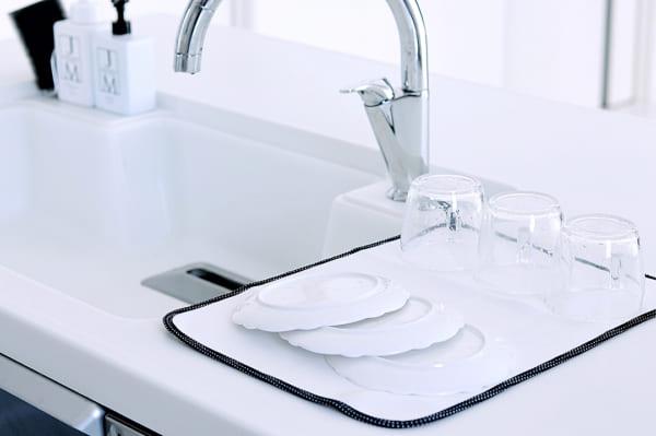 吸水マットと食器拭きクロス