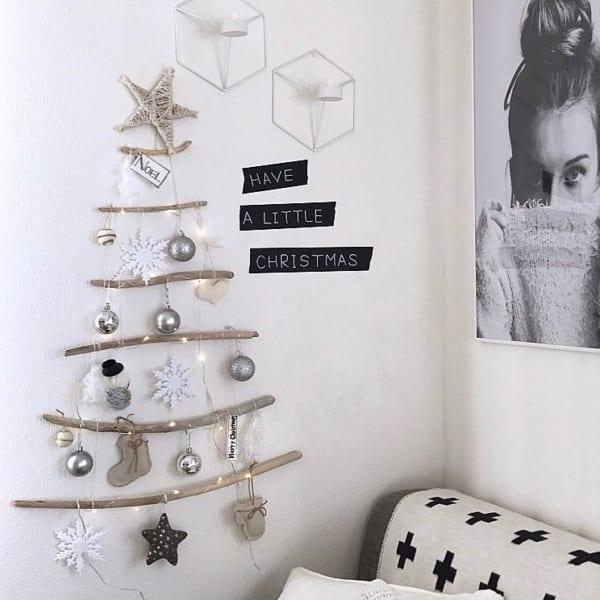「流木・枝の壁掛けツリー」を飾ろう!
