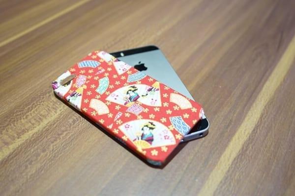 100均のiPhone&スマホケース24