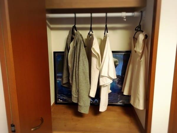突っ張り棒 衣類収納11