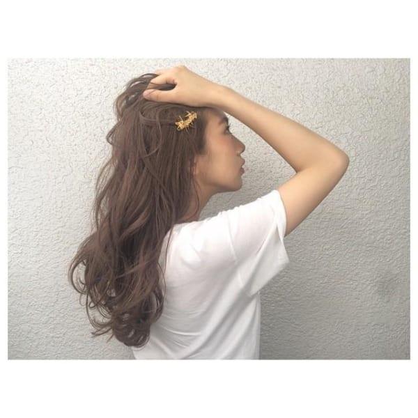 髪の美しさが際立つロング15
