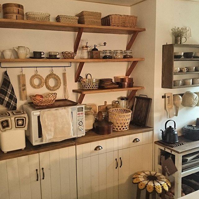 キッチンインテリア 見せる収納2