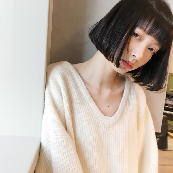 ぱっつんボブ 黒髪