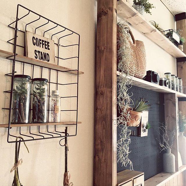 壁掛け収納DIY ディスプレイ棚2