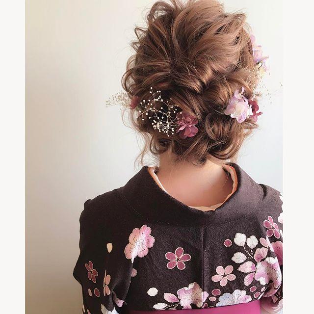 春の結婚式のお呼ばれヘアアレンジ15