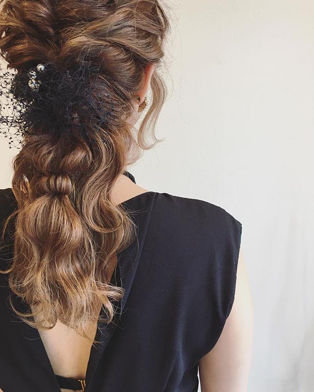 春の結婚式のお呼ばれヘアアレンジ2