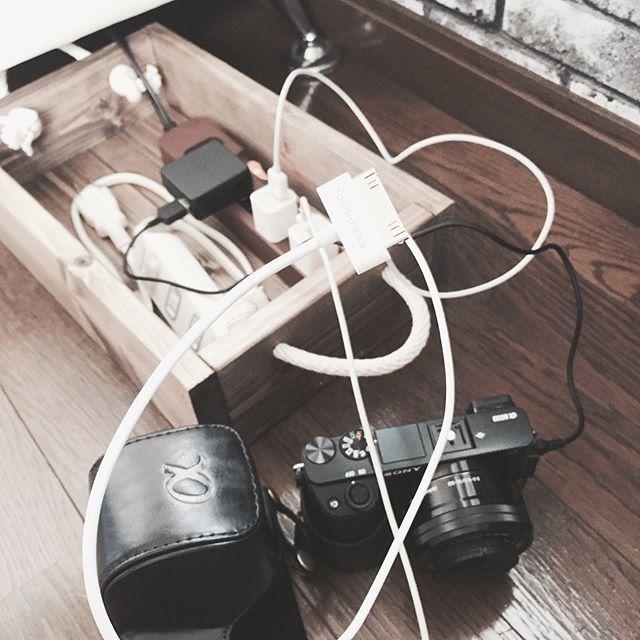 ウッドボックスで配線ケーブルの整理