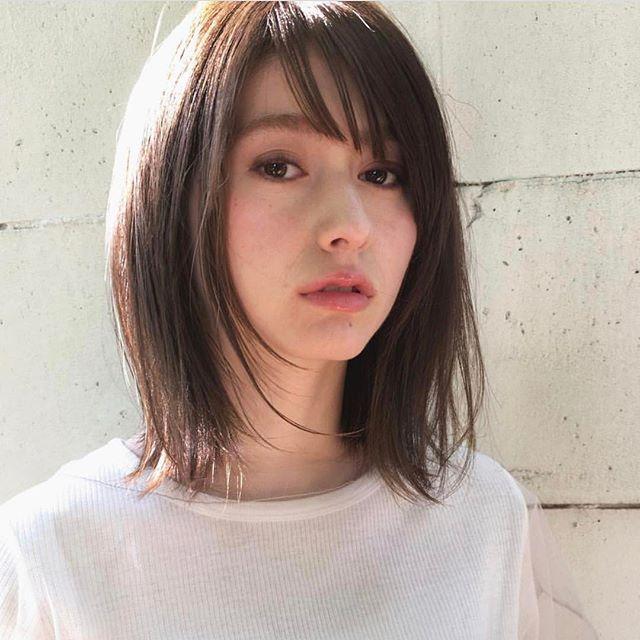 オシャレなヘアスタイル集 ミディアム3