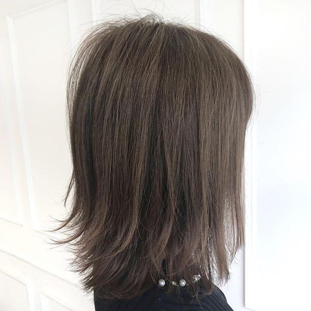 アッシュの髪色特集 人気のトーンやおすすめの種類をご紹介 Folk