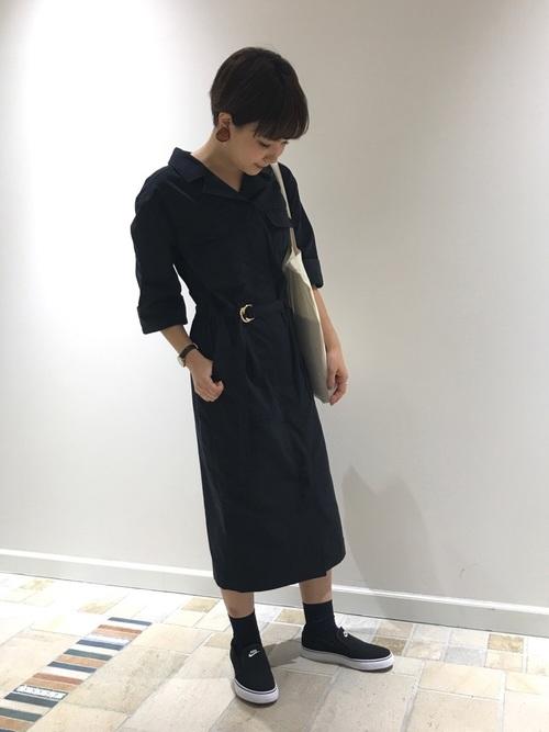 黒スリッポンと黒ソックス3