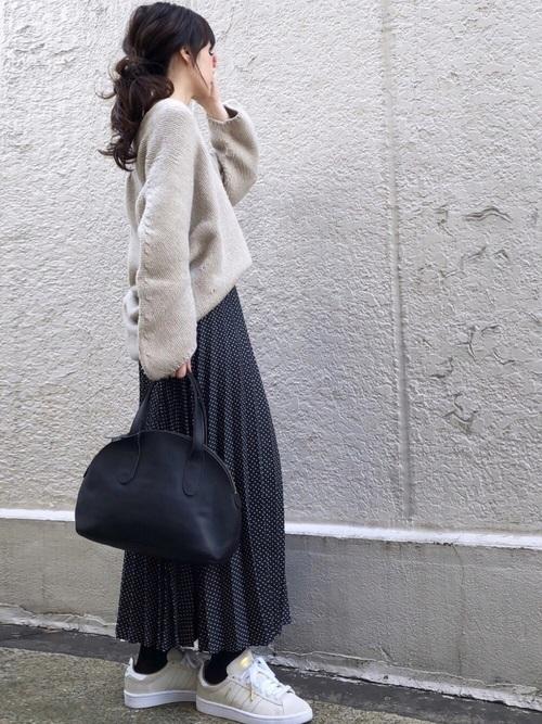 ZARAのスカート!プリーツで上品な装いを楽しもう♪3