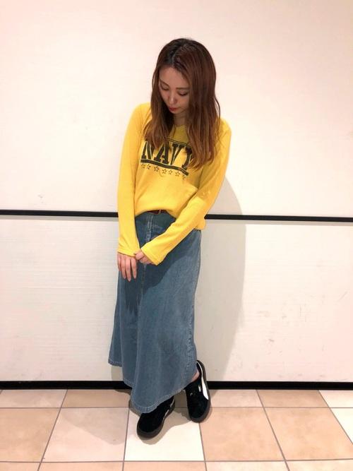 黄色に合う色 大人コーデ20