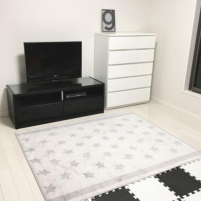 モノトーンになじむ星柄がかわいい【IKEA】