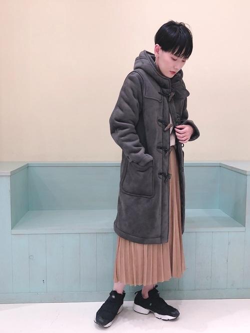 ZARAのスカート!プリーツで上品な装いを楽しもう♪8