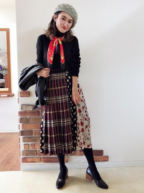 ZARAのスカート!プリーツで上品な装いを楽しもう♪7