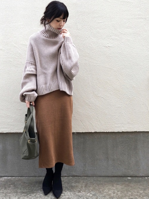 GU リブタイトスカート