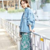 「青」に合う色を見つけよう☆合わせるカラー別・おしゃれなスタイリングを大特集!
